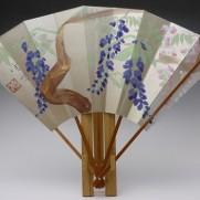 飾り扇子(カワホリ)薄金色地・藤の花
