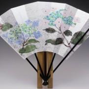 飾り扇子(カワホリ)金銀砂子地 紫陽花・雨