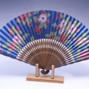 夏扇子(女性用)椿・ブルー地