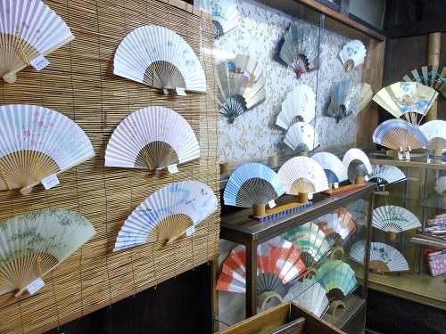 山武扇舗の店内